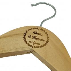 Cintre en bois couronne